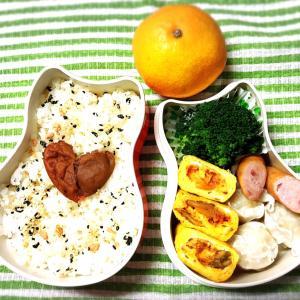 今日のお弁当〜キムチ入り卵焼きと手作りピアス!