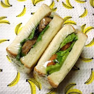 今日のサンドイッチ弁当と今月の走行距離!