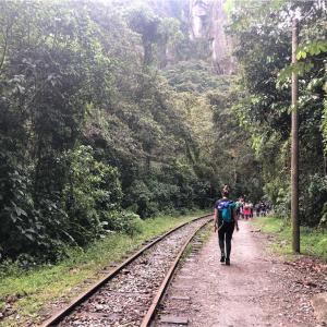 【ペルー】スタンドバイミーロードを進め!!マチュピチュ村までの行き方。