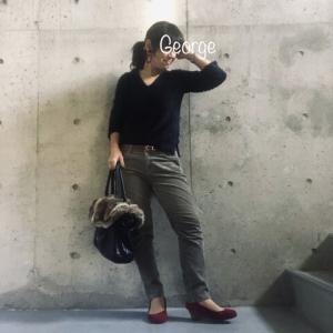 20191122 ユニクロの灰色コーデュロイパンツ、ラメニットに合わせた渋色コーデ