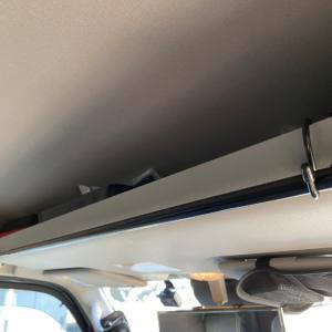 車中泊でタオルを干す方法