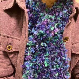 rara.yで大ブレイク中ミニストールは1日rara.yで編み編みしたら完成しちゃったよ...