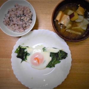 朝食、サバ味噌煮缶で体にいいみそ汁