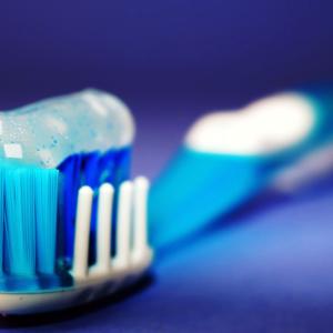 歯と歯茎を真剣にきれいにする必要がある理由