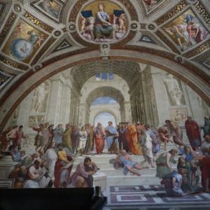 バチカン市国 バチカン美術館 ピオクラメンテ美術 署名の間 アテナイの学堂