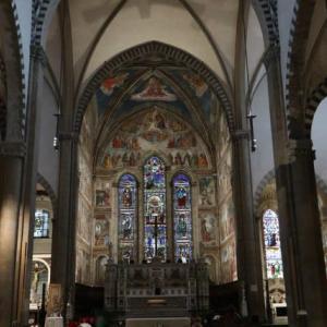 素晴らしい身廊に息をのむ サンタ・マリア・ノヴェッラ教会 フィレンツェ