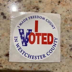 大統領選 投票して来ました。