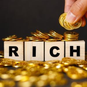 お金持ちは最優先で〇〇を買う