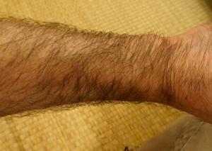 剛毛の男性必見 使ってみた 塗るだけでたった5分簡単にムダ毛処理できるゼロクリーン クリーム&ローションとは?