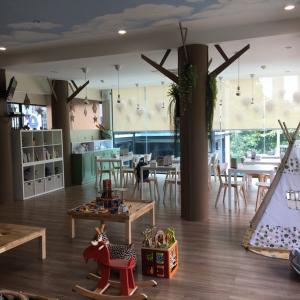 「岡喜」の上にできた新しい遊び場は超穴場!@「Sunny Side Up」