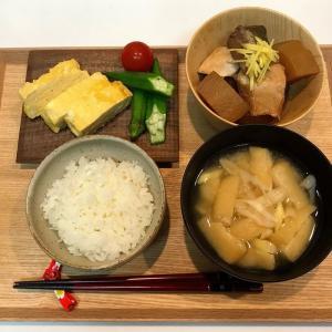 【献立・一汁三菜】白米+ぶり大根+だし巻き玉子+ピクルス+味噌汁