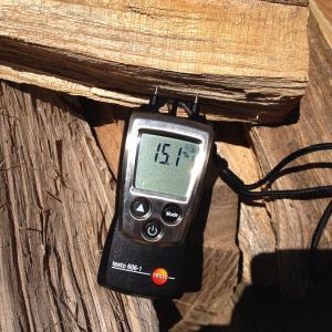 薪の乾燥具合で燃焼や燃費も変わる(暖かさも変わる)