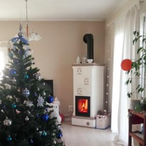 暖炉のある冬の暮らし