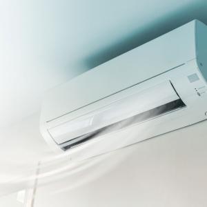 新型コロナウィルスとエアコンの関係と空気を循環させない暖房