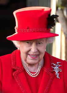 ヘンリー王子夫妻脱退で話題になったエリザベス女王に興味津々
