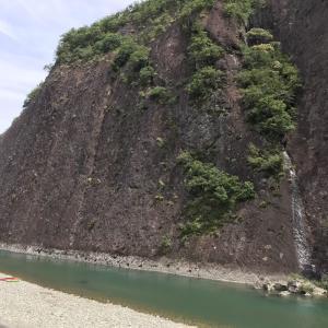 一枚岩P⇄嶽ノ森山 & 牡丹岩 虫喰岩