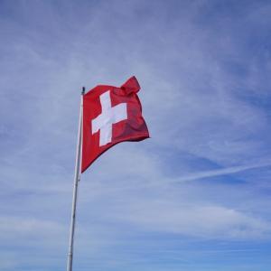 揺られて伸ばしてスイス旅。