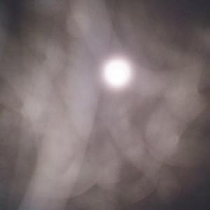 お月様と霧と精霊様