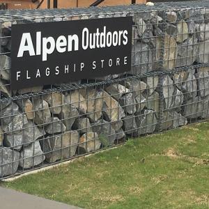 アルペンアウトドア―ズフラッグシップストアに行ってみた~世界最大級らしい?