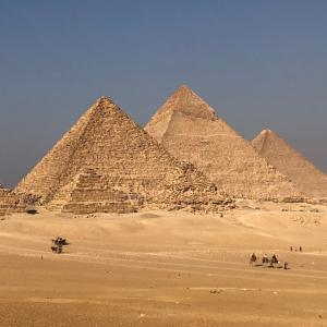 3大ピラミッドの大パノラマを求めて