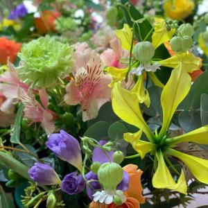 みんなが輝く笑顔がひろがる花のある暮らし