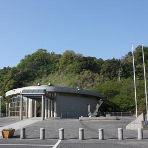 振り返って その19 瀬戸内の島の記念館にて