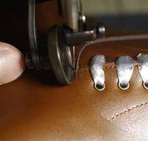 ボタンブーツが出来るまで… 自称 23.5cm・サイズ確認篇。