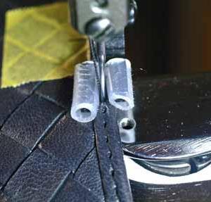 ボッテガヴェネタの内装交換。 なぜ合皮を使うのですか?