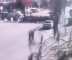 【動画】並んで道路を横断する子どもの列に車が突っ込み5人死亡。中国