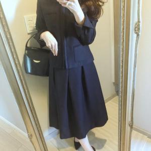 卒業式シーズンに♡濃紺がきれいなスーツ