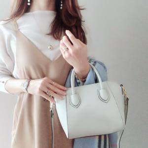 豪華なプレゼント!人気に納得なシンプルで上品きれいめにもカジュアルにも合わせやすいbag