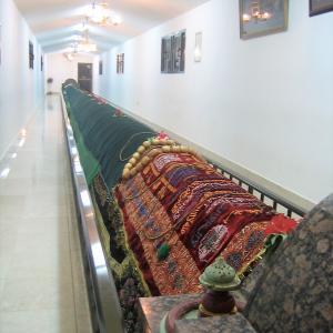 世界一長い墓 (オマーン・サラーラ)