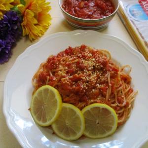 手作りトマトソースで超簡単!ツナ缶トマトスパゲティー♪