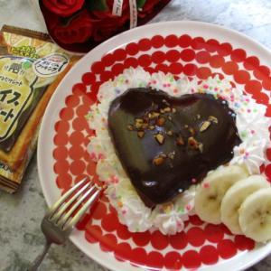 まるで魔法を使ったみたい♡お子様でも簡単に美しく作れるハートの生チョコホットケーキ♪