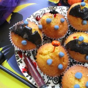 ハロウィン♡吸血こうもりのかぼちゃカップケーキ♪