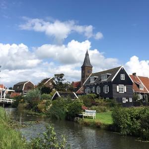 オランダの港街 フォーレンダム マルケン島 観光!