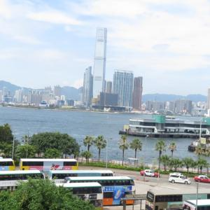 空港シャトルバスの車窓から香港の街を眺める~フライ&クルーズで香港発着ボイジャー・オブザシーズ乗船記ー2019.8月・本編2-3