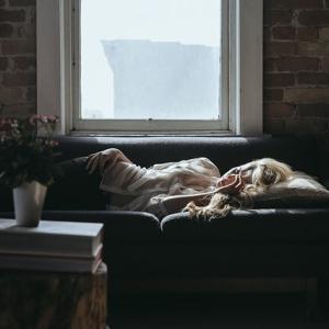 筋トレの翌日が眠いと悩んでいる人に|眠気の理由と4つの対処法