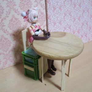 100均工作:レッタちゃんの机と椅子編