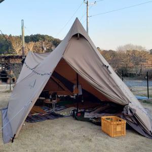庭キャンプ(サーカスTC フロントフラップ部に薪ストーブ設置でのお試し)1