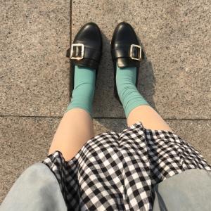 韓国の地下鉄で買った激安激かわ靴下