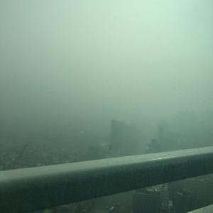 昨日から韓国ソウルは寒くない代わりに空気は最悪です…
