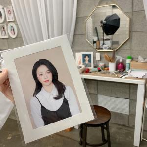 [韓国ソウル]韓国で流行りの背景カラー証明写真撮って来ました![마음을 봤어요]