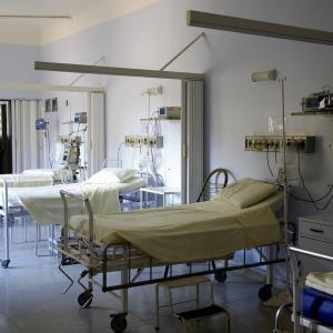 入院開始1日目、精神閉鎖病棟