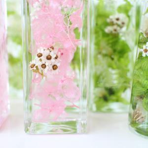 生花のような鮮やかさが続く!ハーバリウムの魅力