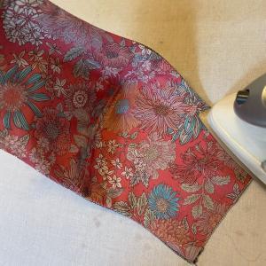 不織布を挟んで作るマスクの作り方 その2