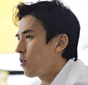 長谷部誠、アジア人ブンデスリーガ最多出場記録に並ぶ!