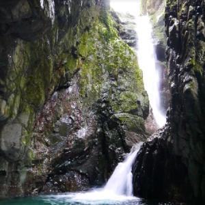「日本の滝百選」に漏れた滝のうち、めぼしいもの
