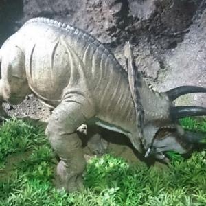 恐竜のいる風景