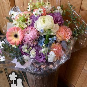 春色のお花でお誕生日